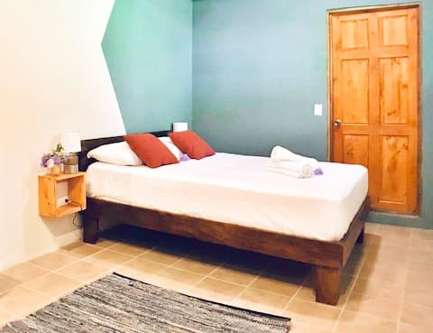 Spacious room    Steps from the beach   ⋆ CAMINO ⋆