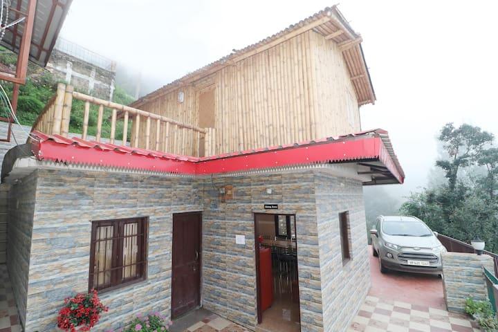 OYO - Standard 1BR Home Stay, Shimla-Flash Deal⚡