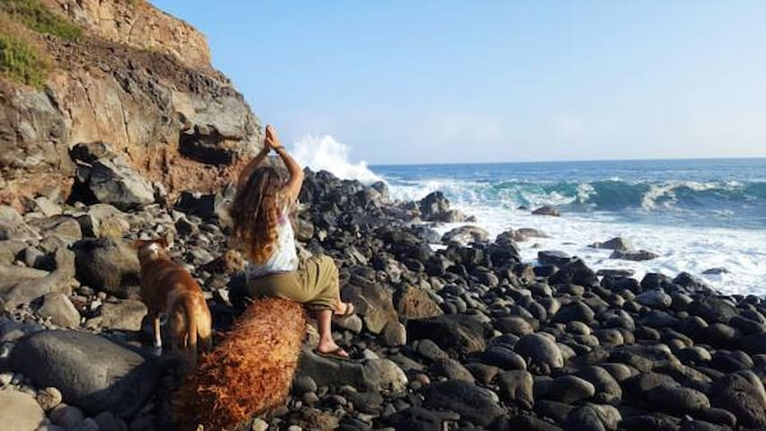 Find secret nature spots and relax with the waves