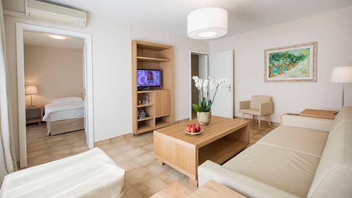 Suite incl. Breakfast & Wellness in Hotel Resort