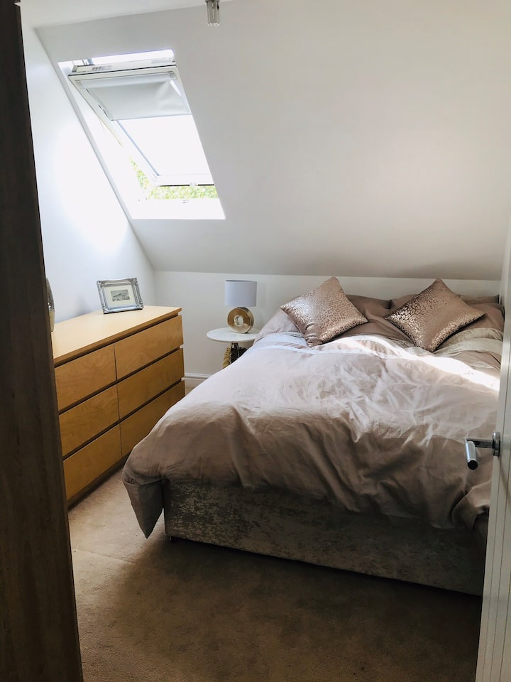 Cosy and tidy room in bright and clean apartment