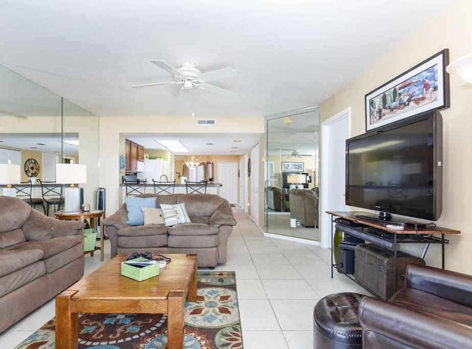 Relaxation - Settle into the comfortable living room furniture, make plans for the day, and enjoy spending time with friends and