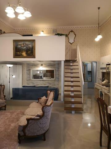 Barokk otthon /Unique baroque home in the center