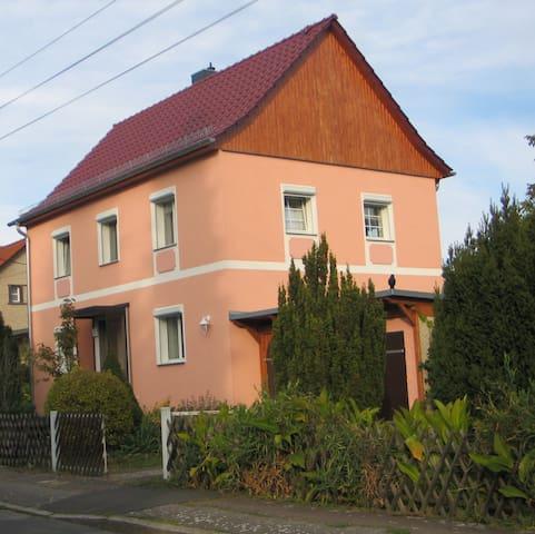 "Ferienhaus Eggert ""Bett im Kornfeld"" - Berlijn - Huis"