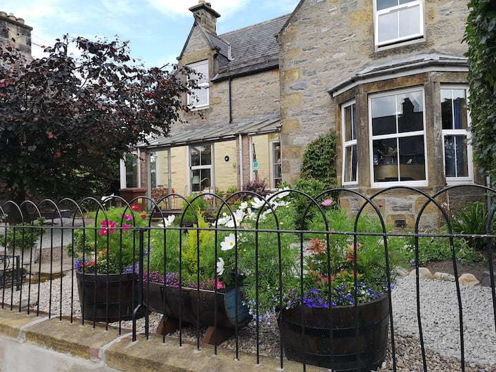 Tomnamuidh House B&B, double ensuite, 2 persons