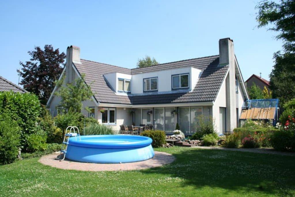 Villa Sluithek 4 Garden