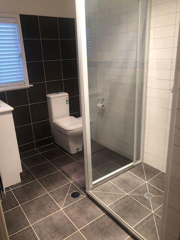 Bathroom brand new flat floor and shower