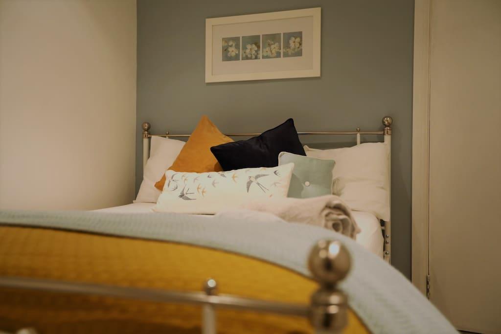 Rooms For Rent Surrey Uk