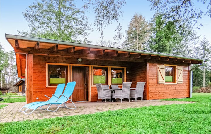 Stunning home in Merzalben with Sauna, WiFi and 2 Bedrooms