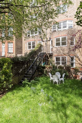 Boltons Gardens - South Kensington - London