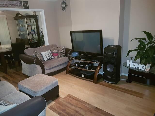 Cozy 1bedroom (double/single bed), south croydon