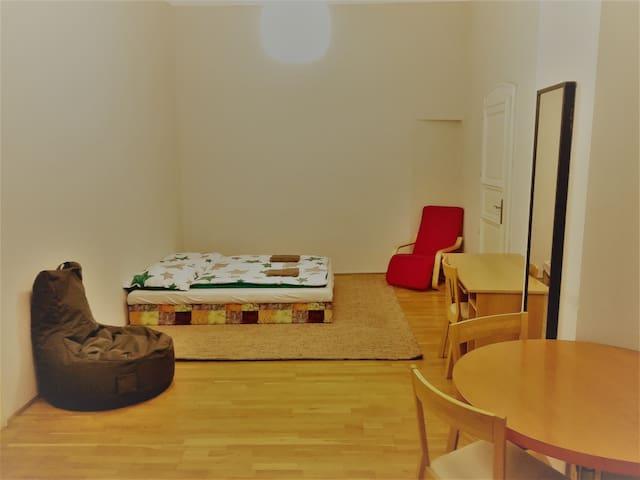 Michael's Gate Central Rooms - Private room No.1 - บราติสลาวา