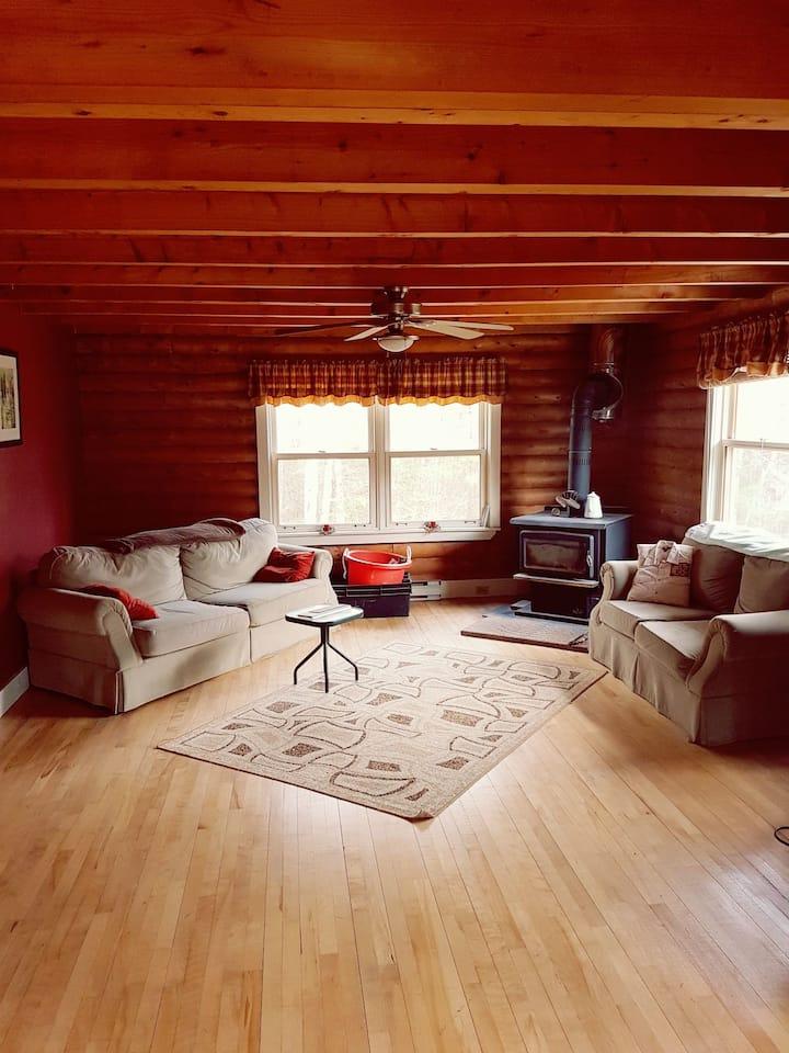 Large 3 Bedroom Log house