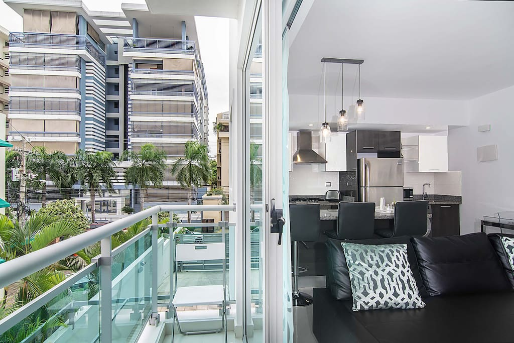 Luxury-Modern Condo Best Location Downtown - Condominiums ... - photo#21