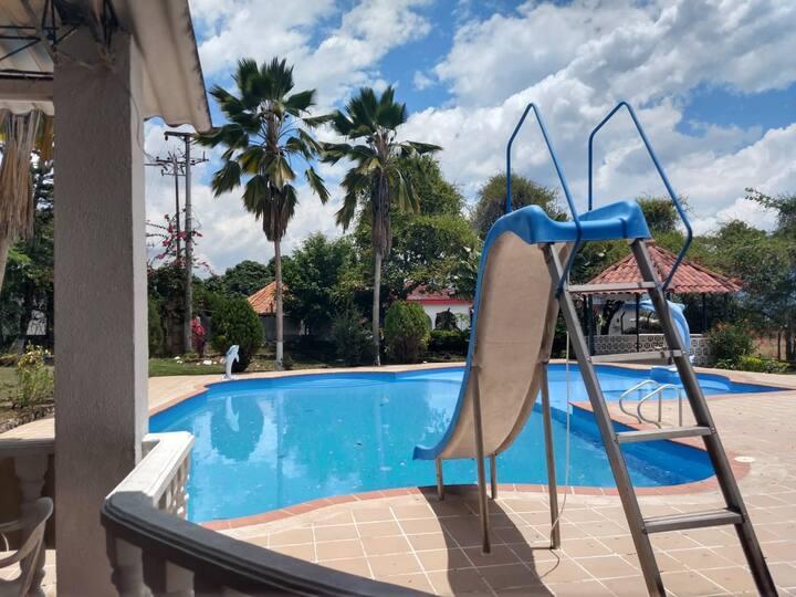 Apartamento 6 personas, zona campestre, piscina 3C