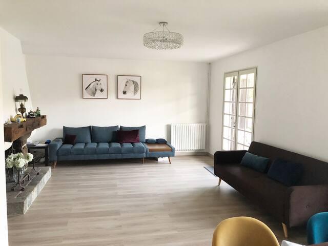 Beautiful house central Salles,Bourg de Salles