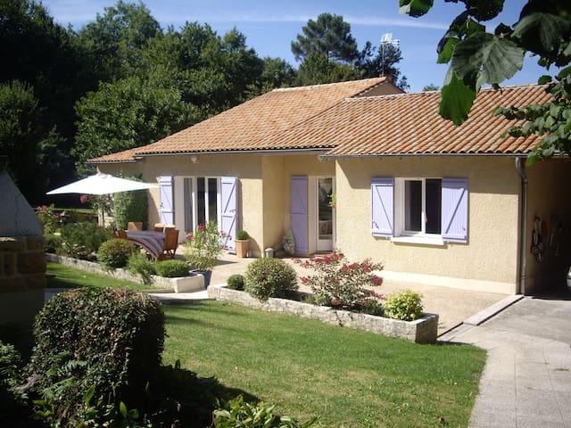 Maison de vacances aux portes de Périgueux - Marsac-sur-l'Isle - Villa