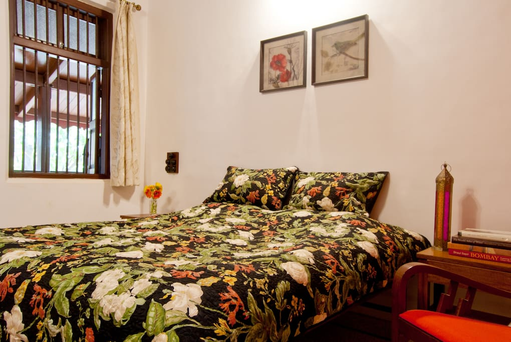 Room On Rent In Malad