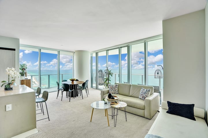 Ocean Front Luxury  2Bedrooms 2Bathrooms, 31 floor