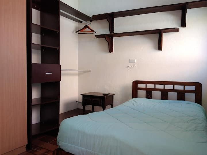 Napo Room- Habitación Napo (inside Casa Kitus)