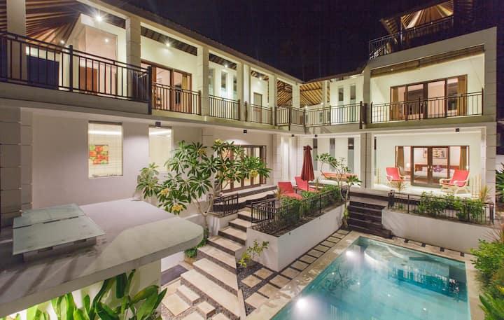 Sunsets Villa at Padang Padang - Ocean View Luxury
