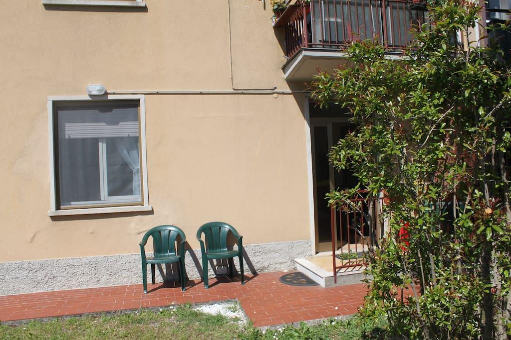 Quiet apartment trilocale comodo appartamenti in for Trilocale in affitto bergamo