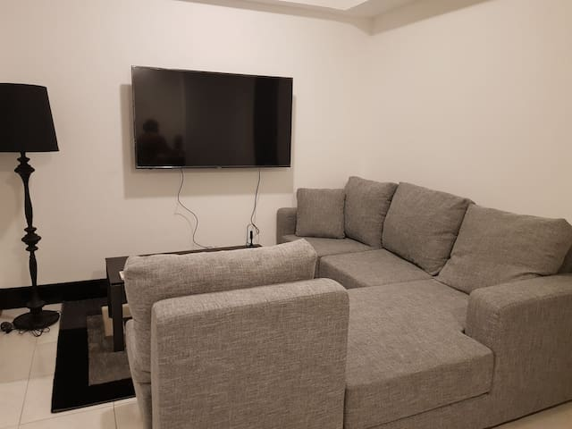 New and Cozy Fully Furnished 2BR Suite