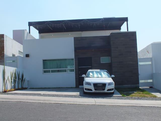 Habitación compartida - Juriquilla