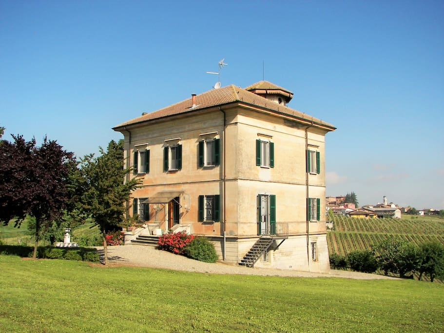 Benvenuti a Villa Tre Cipressi - Wellcome to Villa Tre Cipressi