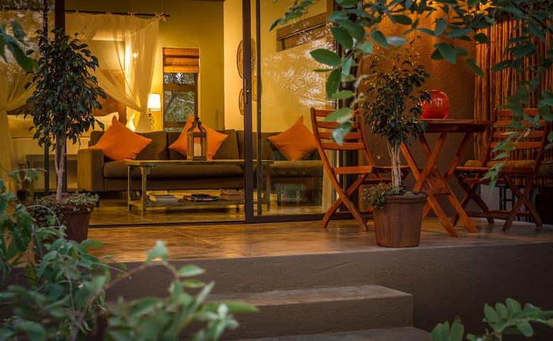 Romantic suite - Hoedspruit, close to Kruger