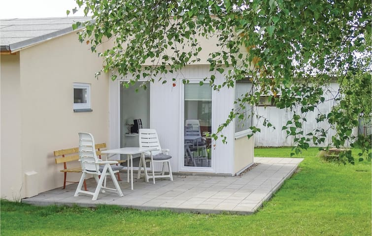 Holiday cottage with 1 bedroom on 36 m² in Insel Poel