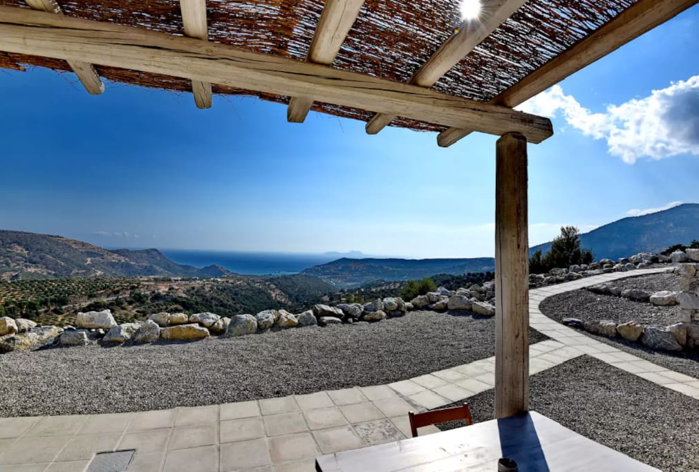 Relax in exclusive private villas in Agia Galini, South Crete located in a serene setting.1