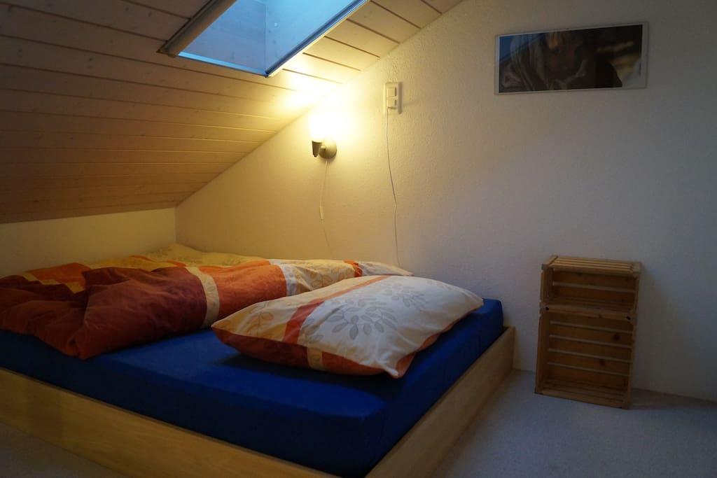 Bett auf 2. Etage