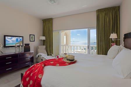 Ocean View Luxury Studio Suite. Fully equipped