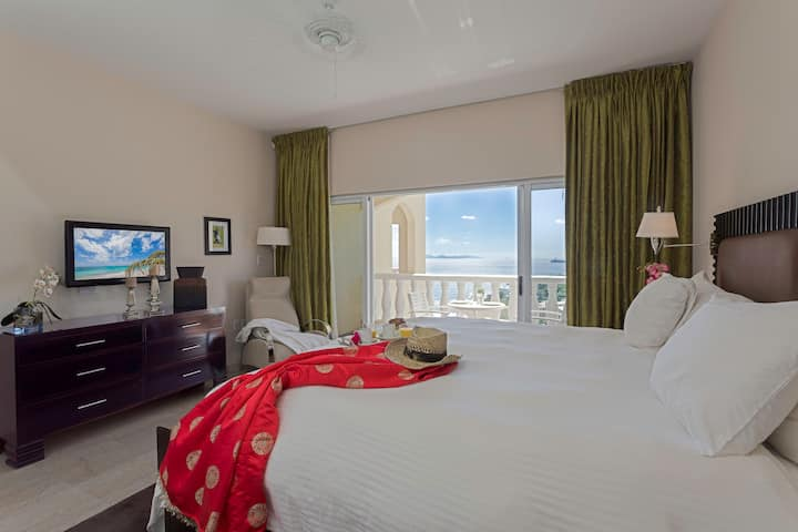 Ocean View Luxury Studio Suite. Fully equipped