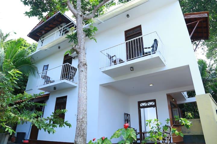 Hikka Dream Villa ( 3 Bed Rooms)