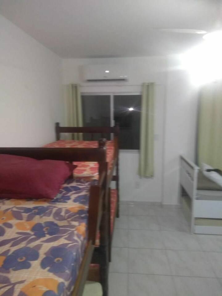 Apartamento centro Balneario Camboriú 30mts do mar