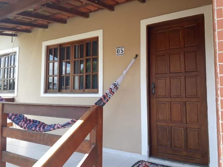 Casa em Cond. Fechado em Enseada Azul - Casa 05