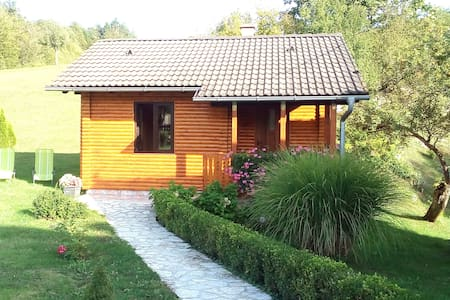 HOUSE FOR 2 AT PLITVICE