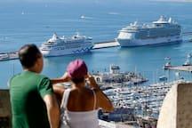 Puerto de Alicante. Cruceros