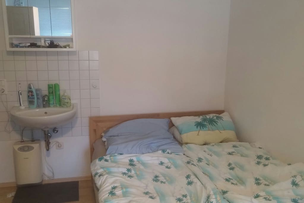 Doppelbett Waschbecken