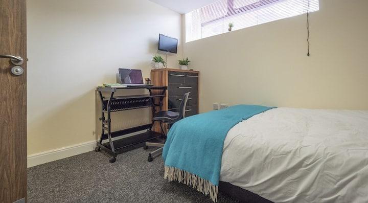 Decent Classic 1 Bed Apartment