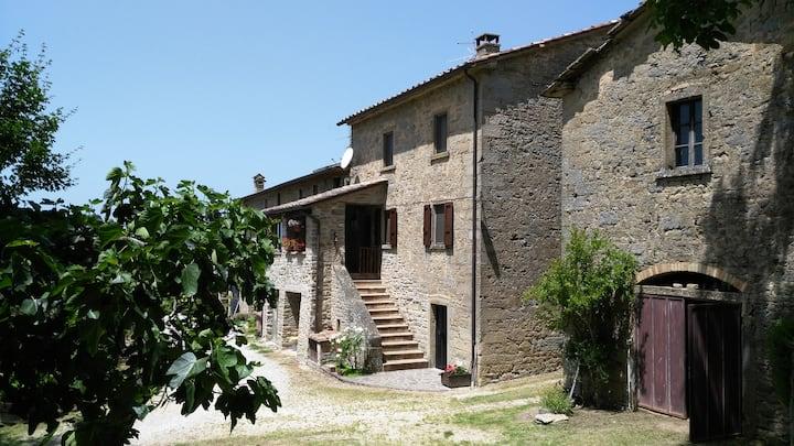 Casa nel verde tra Umbria e Toscana