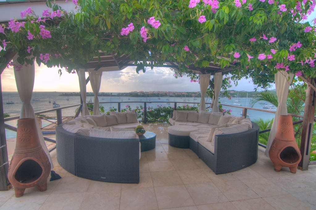 The tiki is an ideal spot for your vow exchanges. We will clear the furniture and set it up beautifully. A large veranda, will seat up  to 100+ guests.