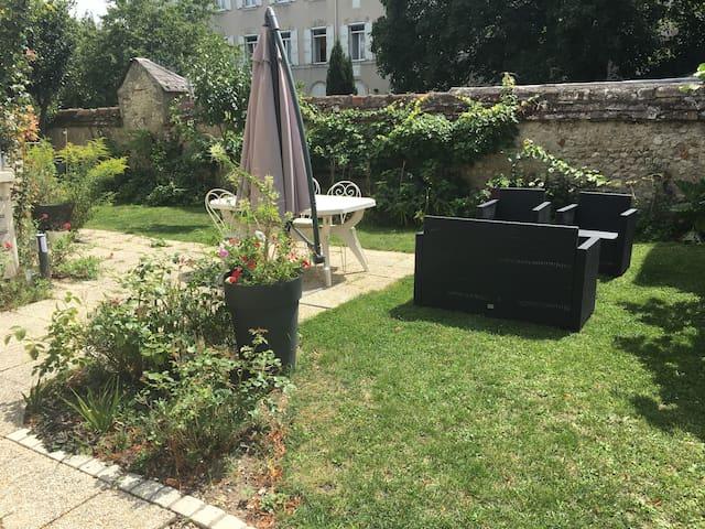 Studio avec jardin proche centre ville