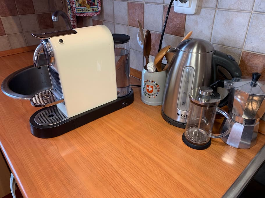 french press and moka pot for coffee
