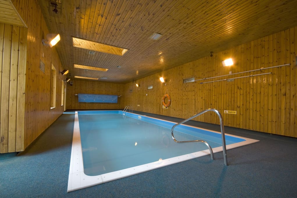Swimming pool open 9am to 9pm, end March to end October