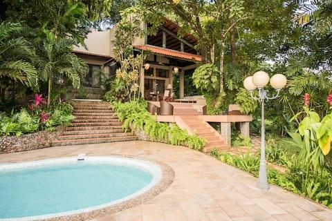 Cozy Cottage in Cerro Azul