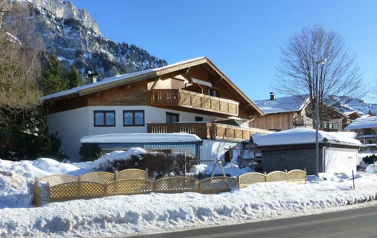 Große Wohnung im Tannheimer Tal - Haller - Apartment