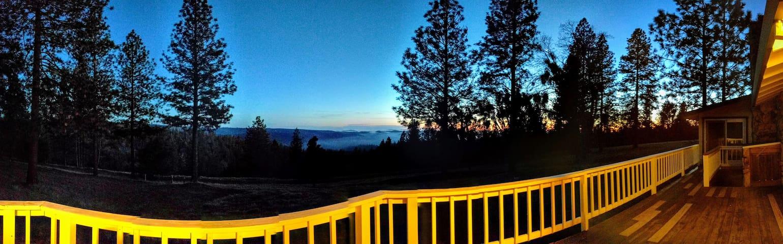 Stunning view at 39 acre Ranch, near lakes, hikes - Volcano - Casa